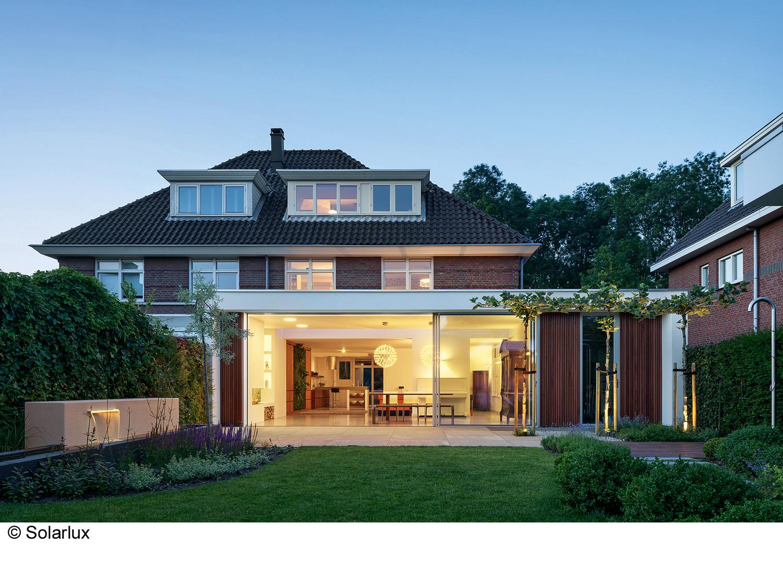 neues wohnen zwischen drinnen und drau en medienservice architektur und bauwesen. Black Bedroom Furniture Sets. Home Design Ideas