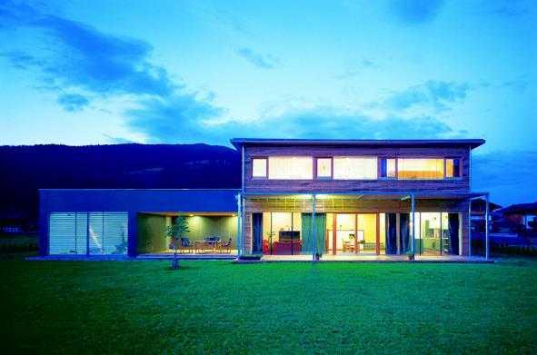 einfamilienh user unter euro medienservice architektur und bauwesen. Black Bedroom Furniture Sets. Home Design Ideas